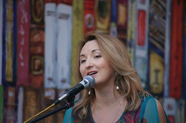 Певица Наталья Фаустова