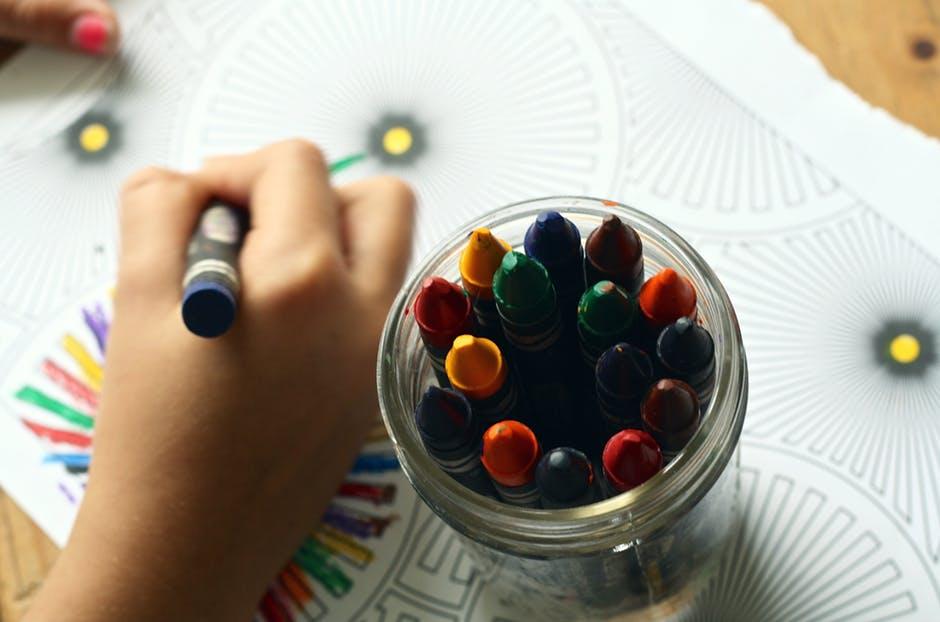 простая игра с карандашами