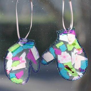 детская поделка - рукавички изцветной бумаги